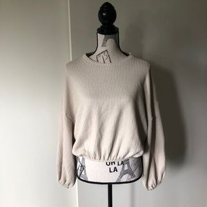 Bell sleeved crop sweater Size S